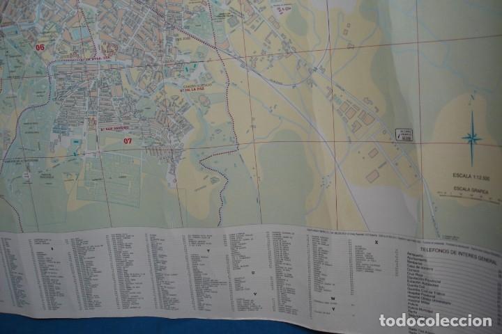 Carteles de Turismo: CARTEL/ MAPA DE ZARAGOZA EDITADO POR EL AYUNTAMIENTO EN 1982 - Foto 11 - 183329438