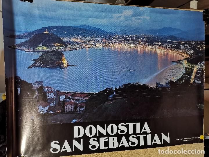 Carteles de Turismo: CARTEL ORIGINAL PUBLICITARIO DONOSTIA SAN SEBASTIAN 1983 -LA CONCHA --100 x 70 aprox. - Foto 6 - 193908065