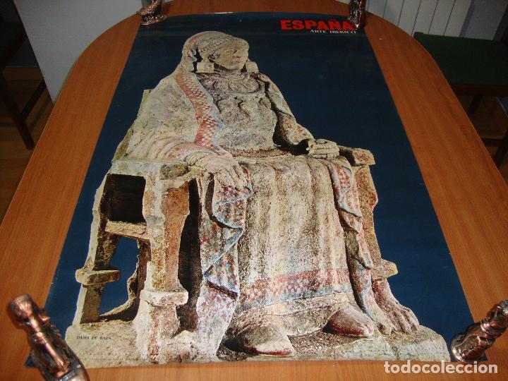 CARTEL POSTER ORIGINAL ESPAÑA DAMA DE BAZA SECRETARIA DE TURISMO 100 X 62 CM (Coleccionismo - Carteles Gran Formato - Carteles Turismo)