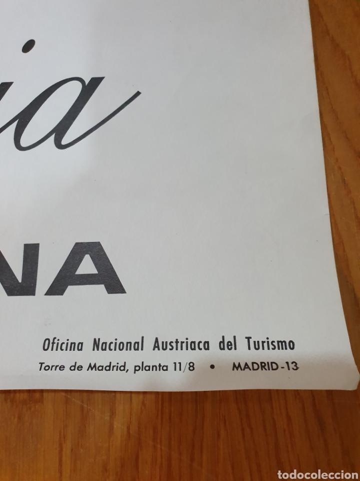 Carteles de Turismo: Austria, saluda a barcelona, 84 cm x 59 cm, años 70 - Foto 4 - 200060198