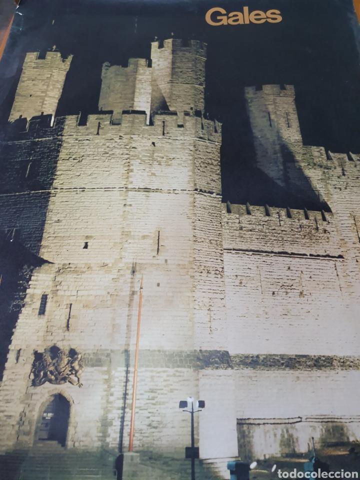 Carteles de Turismo: Gales, Gran Bretaña, de 1970 100 cm x 71 cm. - Foto 2 - 200099935