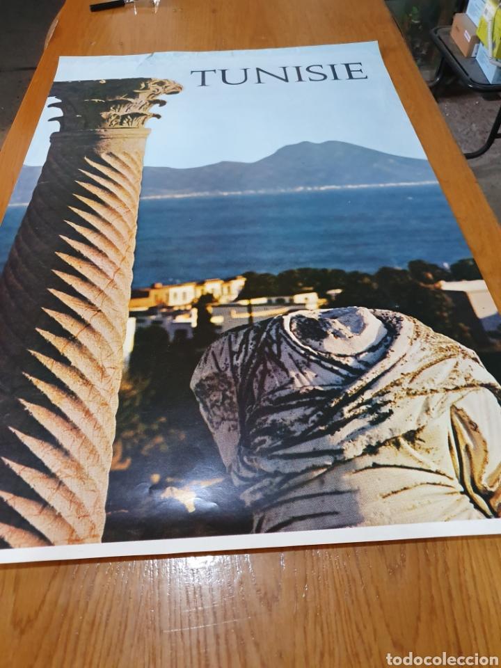 Carteles de Turismo: Tunisie, de los años 70, 98 cm x 64 cm. - Foto 2 - 200117231
