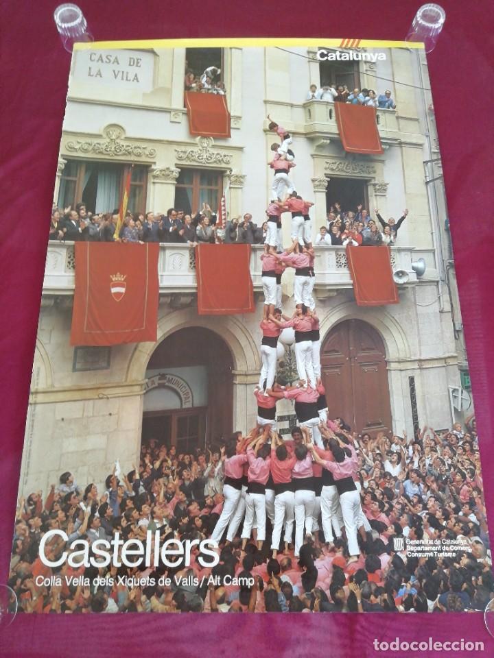 CARTEL GRAN TAMAÑO CASTELLERS. COLLA VELLA DELS XIQUETS DE VALLS / ALT CAMP. CATALUNYA. (Coleccionismo - Carteles Gran Formato - Carteles Turismo)