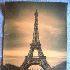 Carteles de Turismo: CARTEL POSTER - RETRO VINTAGE - PARIS TORRE EIFFEL, FRANCIA. CITROEN 2 CV CIRILA. Lote 228451150