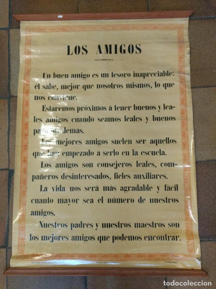 CARTEL ENTELADO TEMA ESCOLAR O COLEGIO. S. CALLEJA MADRID. LOS AMIGOS, LOS MAESTROS 85 X 63 CM (Coleccionismo - Carteles Gran Formato - Carteles Varios)