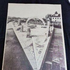 Carteles: JOSEP GUINOVART. DOS VERSIONES CARTEL.. Lote 117644415