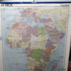 Carteles: MAPA DE ESCUELA(E).. CARTEL ESCOLAR... AFRICA POLITICO / FISICO... EDIGOL 1976. Lote 121078695