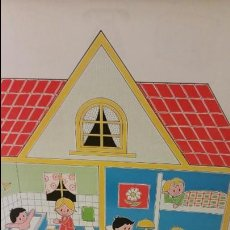 Carteles: MURAL INFANTIL A AMBAS CARAS. EN FAMILIA... Lote 131058252