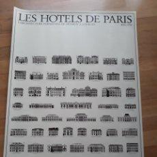 Carteles: CARTEL / POSTER ARQUITECTURA LOS HOTELES DE PARIS. LA ARQUITECTURA PARISINA DE ENRIQUE IV A LUIS XV. Lote 172792424