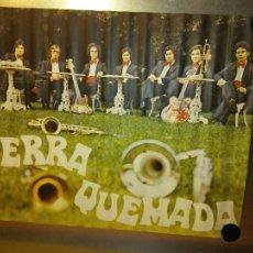 Carteles: AUTÉNTICO POSTER DE LOS AÑOS 60. TIERRA QUEMADA. MEDIDAS 85*64 CM. Lote 219367945