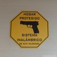 Carteles: EXCLUSIVO CARTEL METACRILATO HOGAR PROTEGIDO.. Lote 220632885