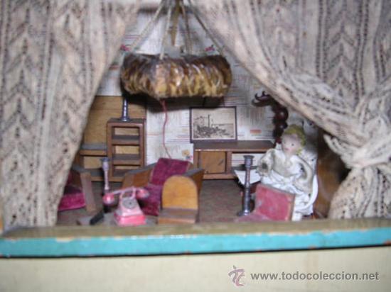 Casas de Muñecas: CASA DE MUÑECAS,AÑOS 20 COMPLETA CON MUÑECAS Y MOBILIARIO TODO DE EPOCA,VER FOTOGRAFIAS ADICIONALES. - Foto 28 - 21741984
