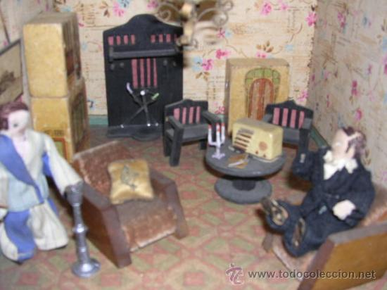 Casas de Muñecas: CASA DE MUÑECAS,AÑOS 20 COMPLETA CON MUÑECAS Y MOBILIARIO TODO DE EPOCA,VER FOTOGRAFIAS ADICIONALES. - Foto 32 - 21741984