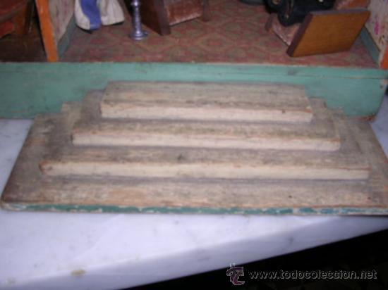 Casas de Muñecas: CASA DE MUÑECAS,AÑOS 20 COMPLETA CON MUÑECAS Y MOBILIARIO TODO DE EPOCA,VER FOTOGRAFIAS ADICIONALES. - Foto 33 - 21741984