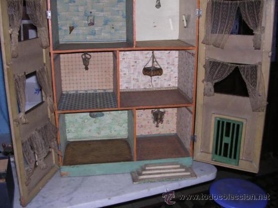 Casas de Muñecas: CASA DE MUÑECAS,AÑOS 20 COMPLETA CON MUÑECAS Y MOBILIARIO TODO DE EPOCA,VER FOTOGRAFIAS ADICIONALES. - Foto 57 - 21741984