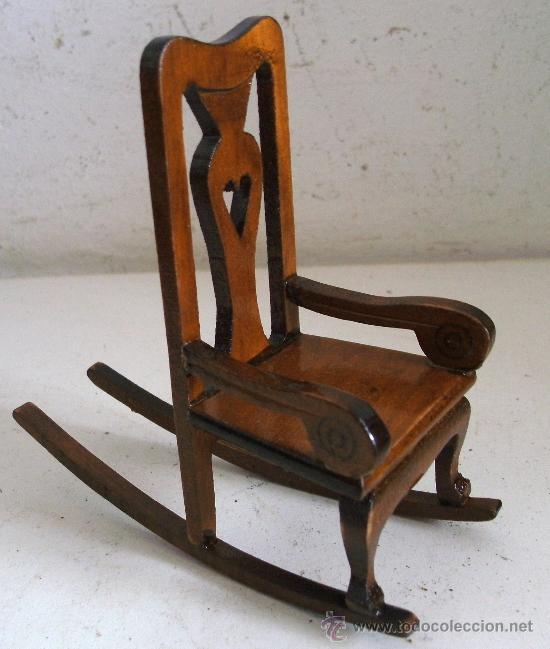 Mecedora para casa de mu ecas madera 10x9 5x5 comprar for Mecedora de madera