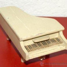 Casas de Muñecas: PIANO. Lote 27944228