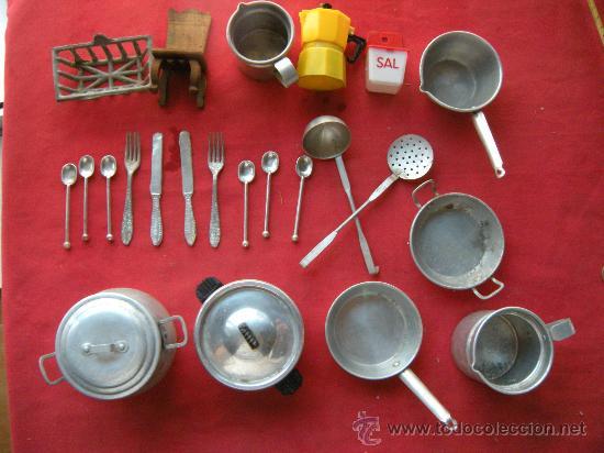 Gran lote de enseres de cocina en aluminio comprar casas for Enseres para cocina