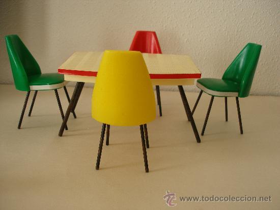 Mesa y sillas de colores pl stico a os 60 comprar - Sillas anos 60 ...