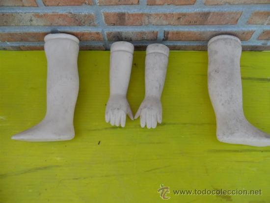 Casas de Muñecas: pareja de pies y brazos e de muñeca porcelana - Foto 2 - 37196082