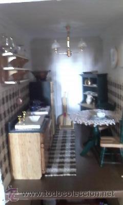 Casas de Muñecas: Espectacular casa de muñecas,completa no le falta detalle,con luces funcionando. Años 70. Ver fotos - Foto 22 - 39779710