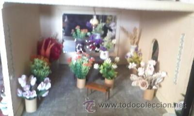 Casas de Muñecas: Espectacular casa de muñecas,completa no le falta detalle,con luces funcionando. Años 70. Ver fotos - Foto 28 - 39779710