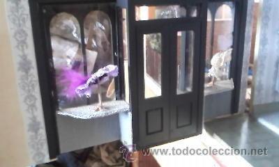 Casas de Muñecas: Espectacular casa de muñecas,completa no le falta detalle,con luces funcionando. Años 70. Ver fotos - Foto 29 - 39779710
