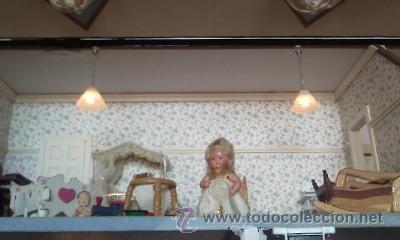 Casas de Muñecas: Espectacular casa de muñecas,completa no le falta detalle,con luces funcionando. Años 70. Ver fotos - Foto 32 - 39779710