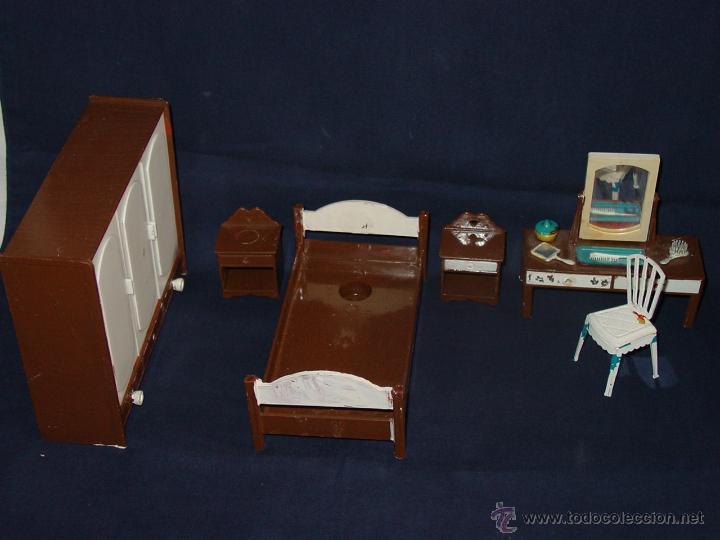 dormitorio. cama mesillas armario tocador silla - Comprar Casas de ...