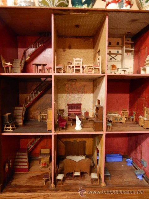 Casas de Muñecas: Casa de muñecas. Juguete antiguo. Siglo XIX / XX. Con accesorios - Foto 2 - 48619082