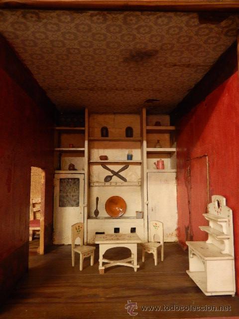 Casas de Muñecas: Casa de muñecas. Juguete antiguo. Siglo XIX / XX. Con accesorios - Foto 10 - 48619082