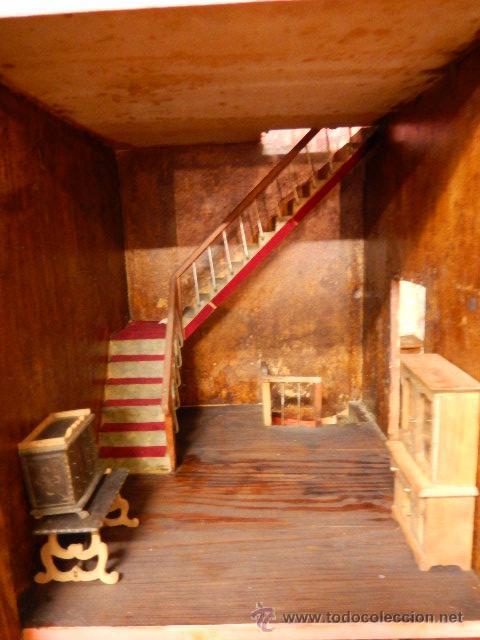 Casas de Muñecas: Casa de muñecas. Juguete antiguo. Siglo XIX / XX. Con accesorios - Foto 13 - 48619082