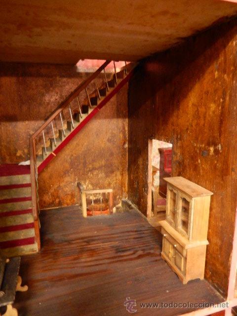 Casas de Muñecas: Casa de muñecas. Juguete antiguo. Siglo XIX / XX. Con accesorios - Foto 14 - 48619082