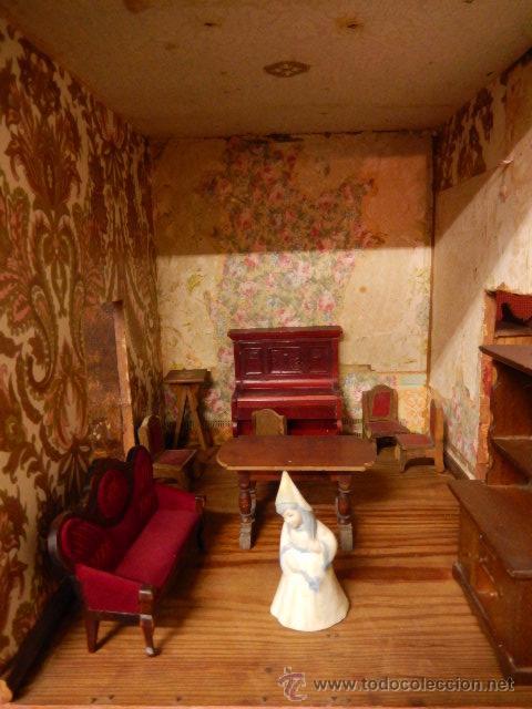 Casas de Muñecas: Casa de muñecas. Juguete antiguo. Siglo XIX / XX. Con accesorios - Foto 15 - 48619082