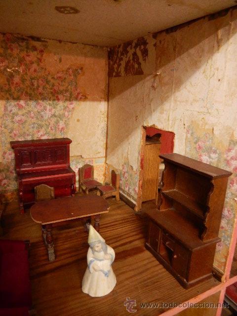 Casas de Muñecas: Casa de muñecas. Juguete antiguo. Siglo XIX / XX. Con accesorios - Foto 17 - 48619082