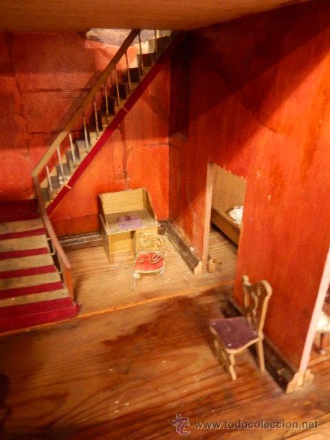 Casas de Muñecas: Casa de muñecas. Juguete antiguo. Siglo XIX / XX. Con accesorios - Foto 23 - 48619082