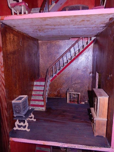 Casas de Muñecas: Casa de muñecas. Juguete antiguo. Siglo XIX / XX. Con accesorios - Foto 32 - 48619082
