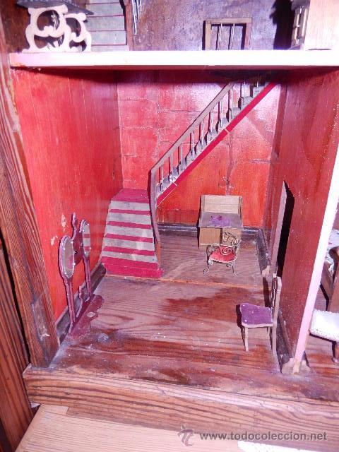 Casas de Muñecas: Casa de muñecas. Juguete antiguo. Siglo XIX / XX. Con accesorios - Foto 33 - 48619082