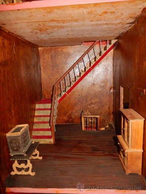 Casas de Muñecas: Casa de muñecas. Juguete antiguo. Siglo XIX / XX. Con accesorios - Foto 35 - 48619082