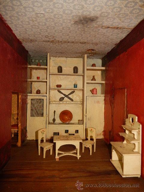 Casas de Muñecas: Casa de muñecas. Juguete antiguo. Siglo XIX / XX. Con accesorios - Foto 38 - 48619082