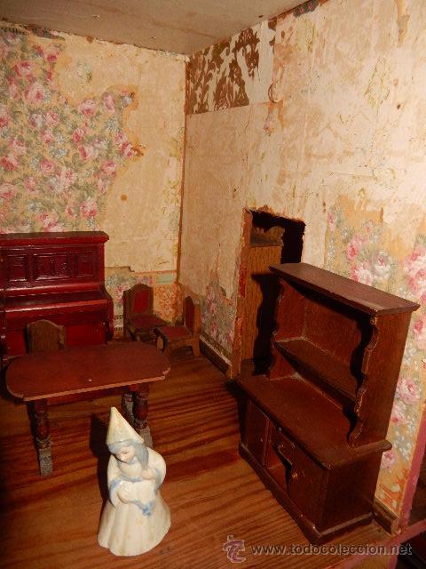 Casas de Muñecas: Casa de muñecas. Juguete antiguo. Siglo XIX / XX. Con accesorios - Foto 42 - 48619082