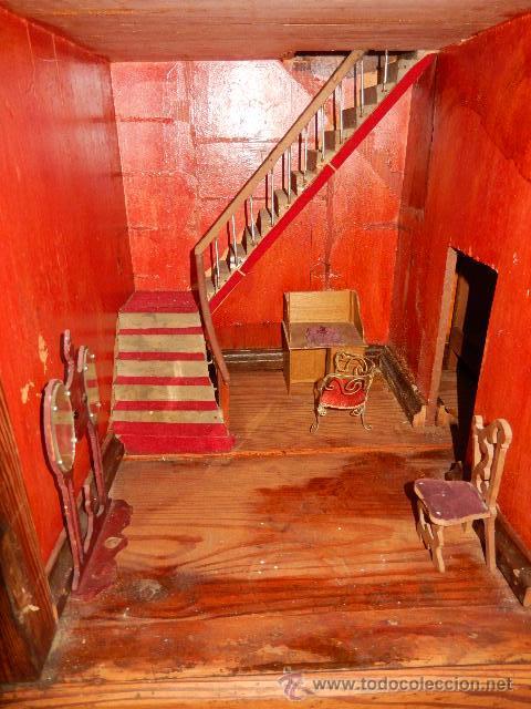 Casas de Muñecas: Casa de muñecas. Juguete antiguo. Siglo XIX / XX. Con accesorios - Foto 43 - 48619082