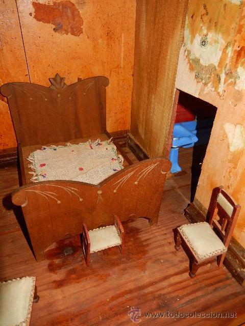 Casas de Muñecas: Casa de muñecas. Juguete antiguo. Siglo XIX / XX. Con accesorios - Foto 48 - 48619082