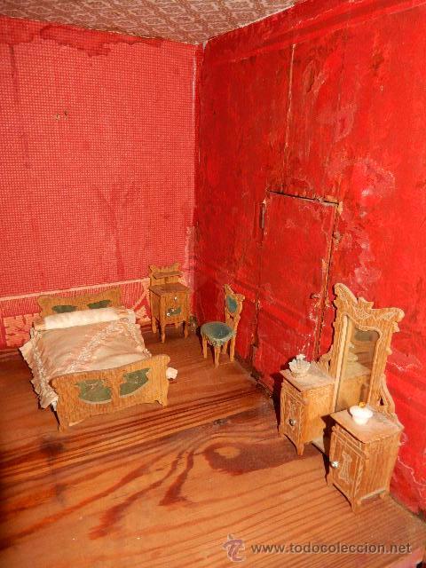 Casas de Muñecas: Casa de muñecas. Juguete antiguo. Siglo XIX / XX. Con accesorios - Foto 54 - 48619082