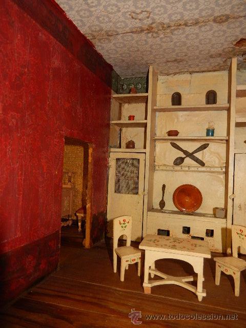 Casas de Muñecas: Casa de muñecas. Juguete antiguo. Siglo XIX / XX. Con accesorios - Foto 55 - 48619082