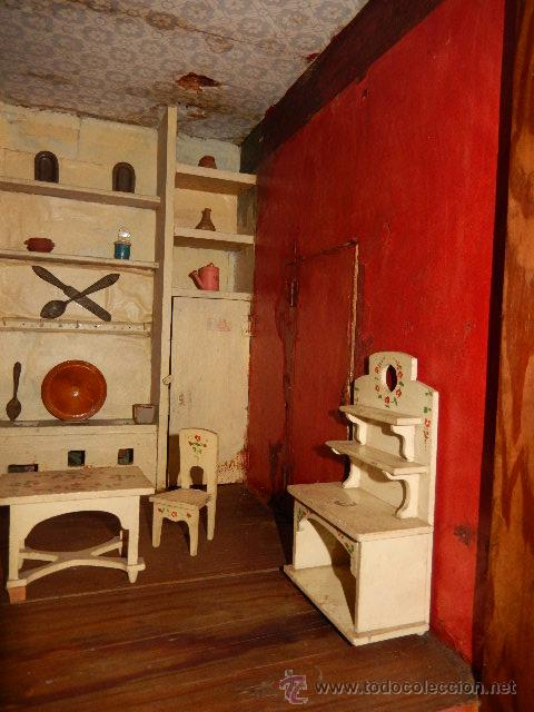 Casas de Muñecas: Casa de muñecas. Juguete antiguo. Siglo XIX / XX. Con accesorios - Foto 56 - 48619082
