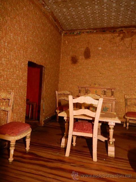 Casas de Muñecas: Casa de muñecas. Juguete antiguo. Siglo XIX / XX. Con accesorios - Foto 57 - 48619082