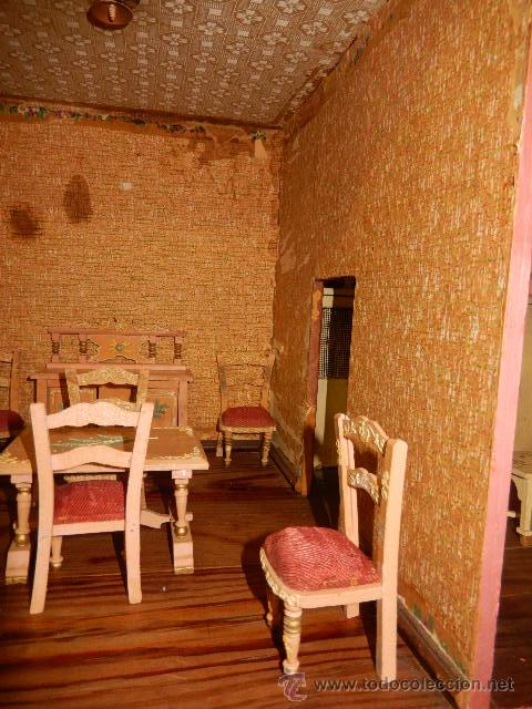 Casas de Muñecas: Casa de muñecas. Juguete antiguo. Siglo XIX / XX. Con accesorios - Foto 58 - 48619082