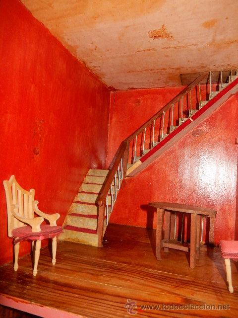 Casas de Muñecas: Casa de muñecas. Juguete antiguo. Siglo XIX / XX. Con accesorios - Foto 59 - 48619082
