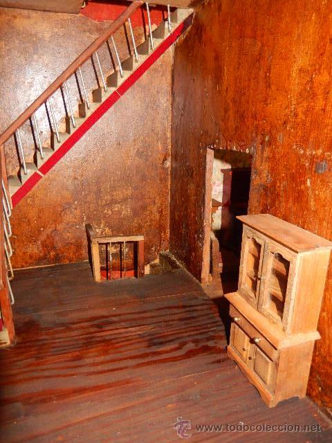Casas de Muñecas: Casa de muñecas. Juguete antiguo. Siglo XIX / XX. Con accesorios - Foto 62 - 48619082